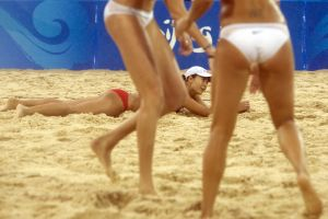 USA vs China in women's beach volleyball final in Beiing